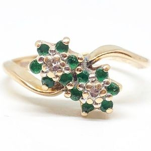 14k Yellow Gold Emerald & Diamond Flower Ring